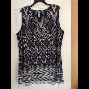 Black/White printed/women/tunic plus 1X(2/$16)